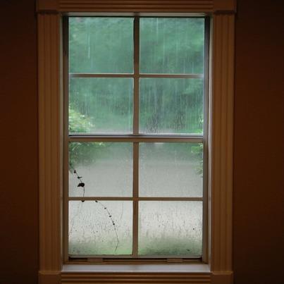rsz_window_in_the_rain_2